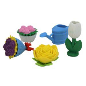 Setul contine 5 piese sub forma de stropitoare, trandafir, 2 buchete de flori si un ghiocel.