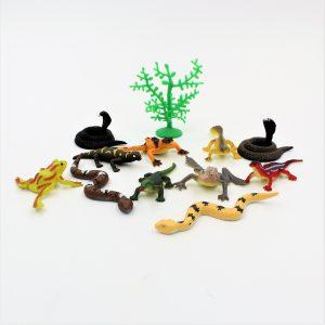 Set diverse figurine reptile Lizards